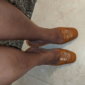 Tod's Sandals with soft leather and  wood hee